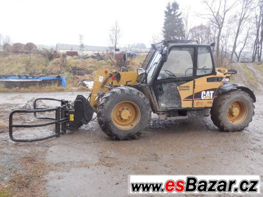 teleskopický manipulator CATERPILLAR  th 220B