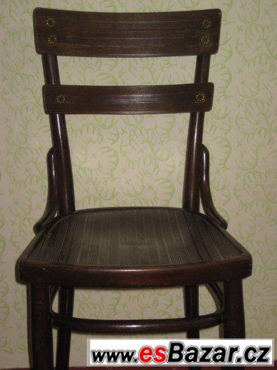 Sestava stůl + 4 židle