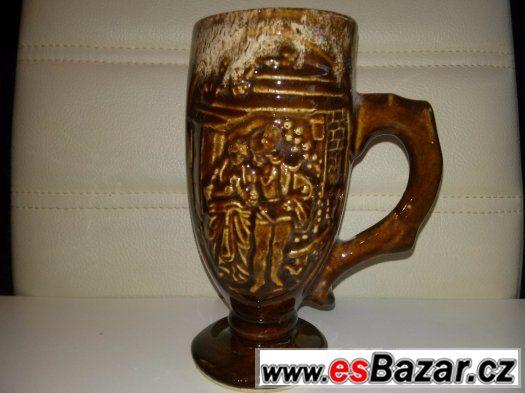 starý keramický půllitr hnědá glazura, 17 cm.
