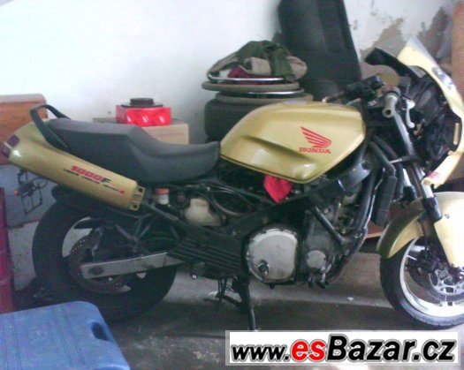 Honda CBR 1000f sc21