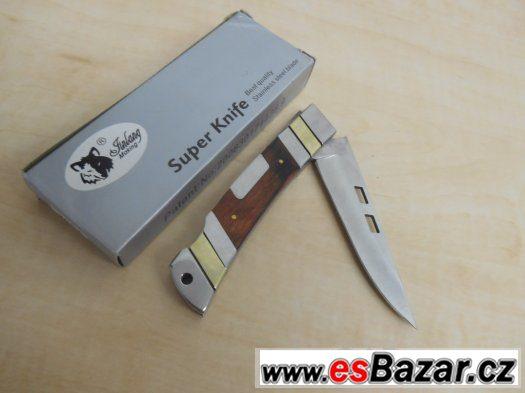 Lovecký nůž z oceli