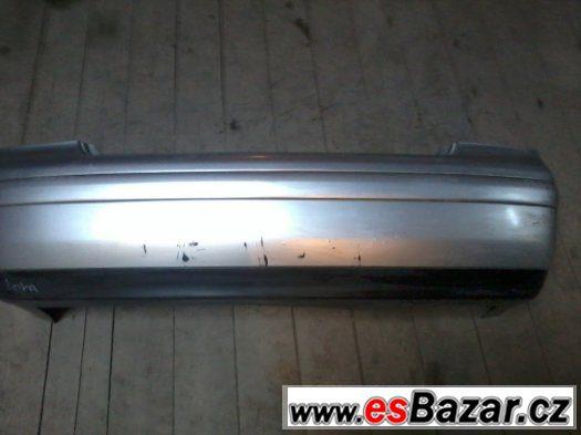 Zadní nárazník VW Bora sedan stříbrný