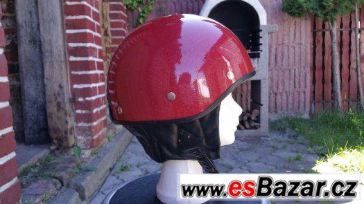 Strá helma na Motoveterána-velikost č. 60