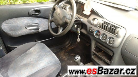 Ford Escort kombi 1.6i TAŽNÝ