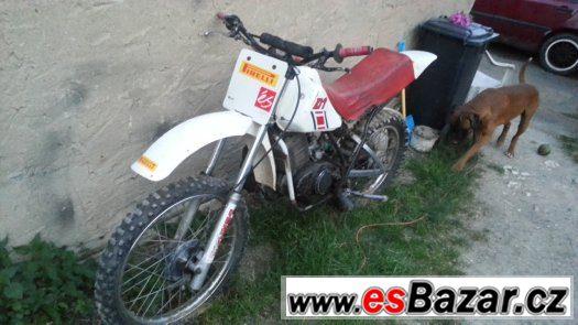 Yamaha DT 125, s motorem Mz 150