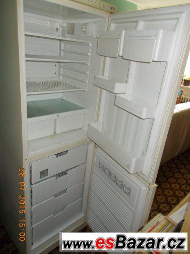 Kombinovaná lednice s mražákem-4 šuplíky