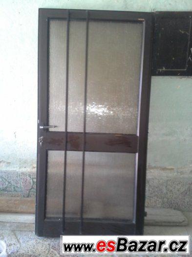 Hliníkové dveře