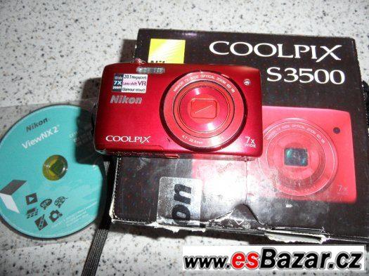 Nikon Coolpix S3500- 20Mpx. (Zaruka 19.11.2015)