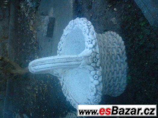 betonova dekorace vazy sosky