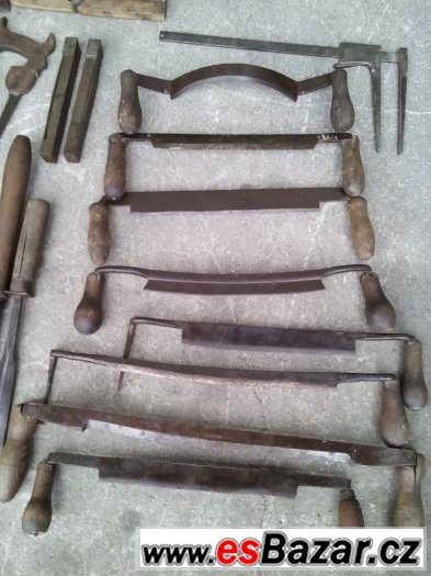 staré truhlářské nářadí