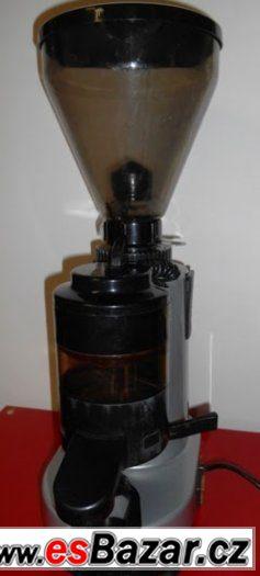 Mlýnek kávy Fiamma MCF 4A