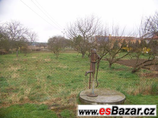 Stavební pozemek 1167 m2, Bučovice-Vícemilice