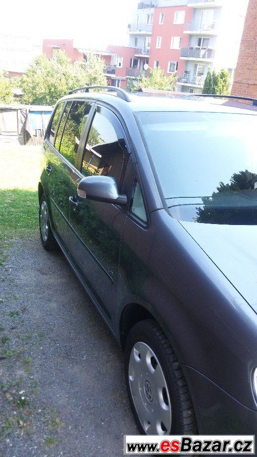 Prodám VW Touran 1.6 FSi 85kW