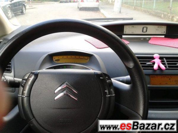Prodám Citroën C4 1,4 16V 82.000km