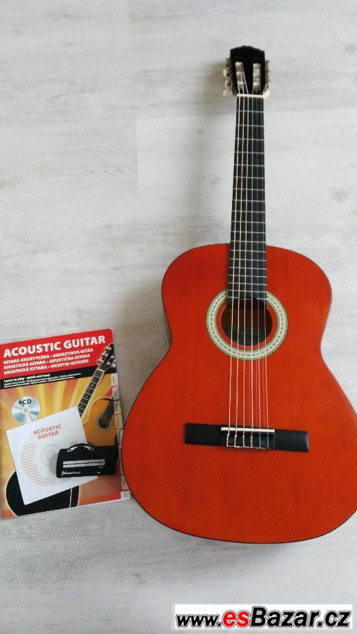 Prodám kytaru + pouzdro + ladičku
