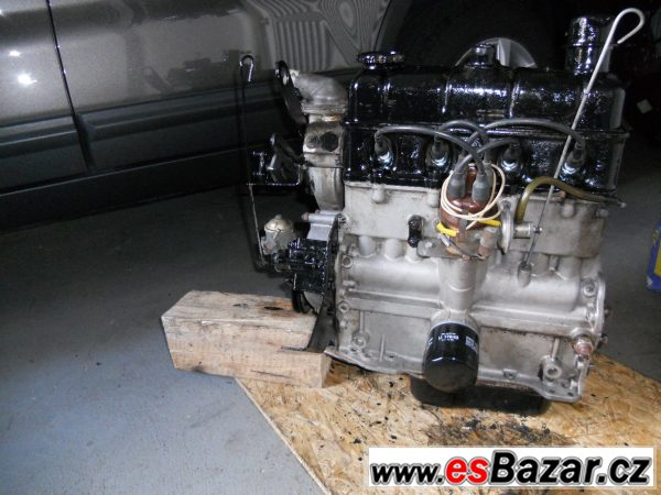 Polomotor Škoda 1203