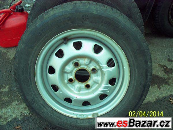 Prodám 4x komplet pneumatiky165x13