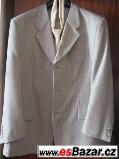 šedivý oblek vel. asi M/L,výrobce Kras
