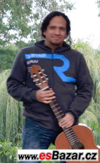 Lekce hry na kytaru
