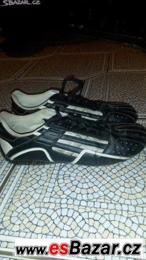 Dvoje dámské boty,vel.38
