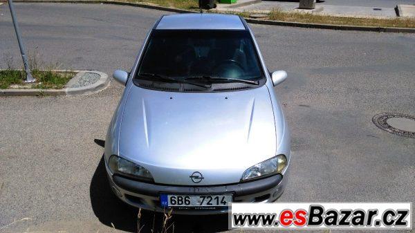 Opel Tigra 1.4, r.  2000, top stav