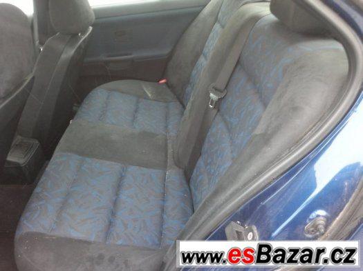 BMW e36 sedan alcantara interiér