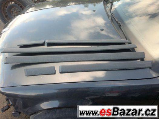 BMW e36 sedan M-Packet široké lišty