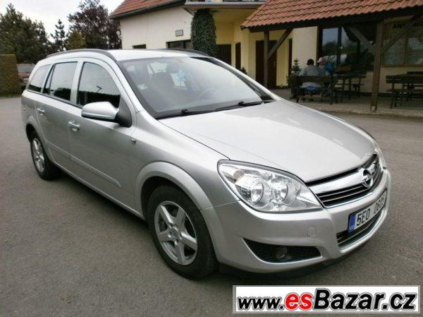 Opel Astra 1,7 CDTi Elegance SLEVA!