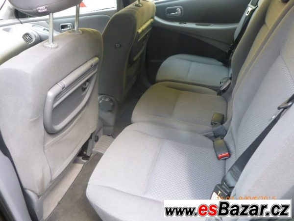 Nissan Almera Tino 2,2DCi 100kW