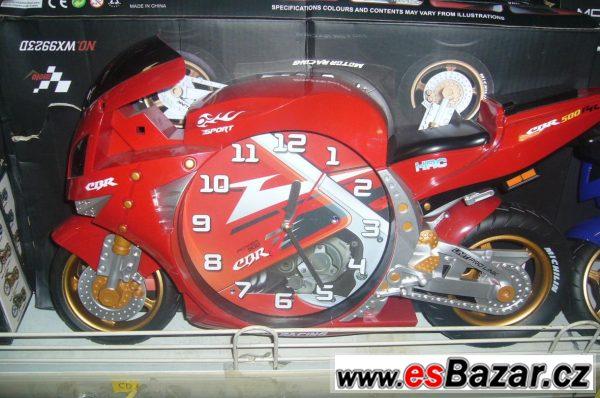 Nástěnné hodiny motorka