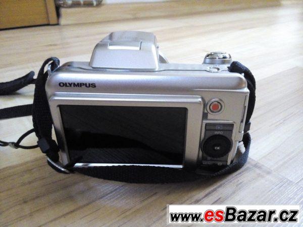 Olympus SP-800UZ stříbrný