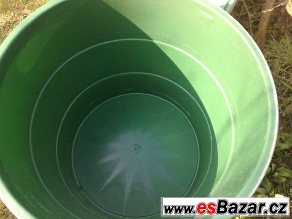 Nový plastový barel na 500 l