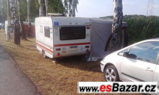 Prodám karavan pro 2-3 osoby s vybavením a předstanem s SPZ