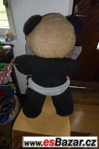 Medvěd větší plyšák
