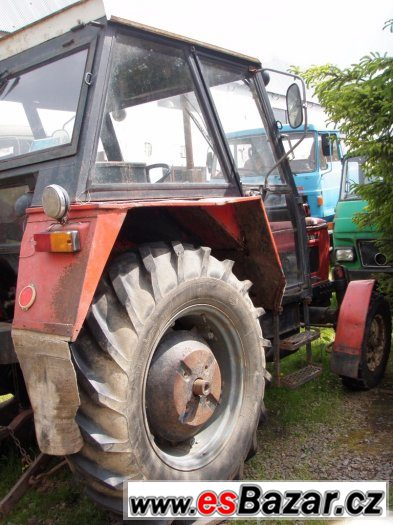 traktor zetor  traktory kara vlek za traktor sekacka valnik