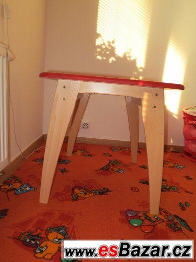 Dětský stolek Geuther Bambino červený