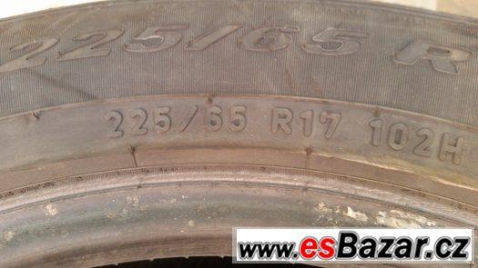 Prodám 225/65 17´´ Pirelli Scorpion - Letní - 4ks