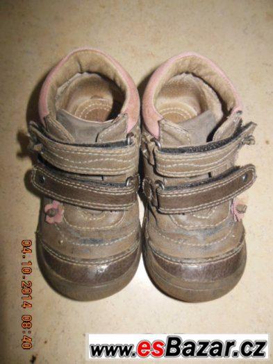 Kotníčkové boty hnědé s růžovými kytičkami Bubble gummers ve