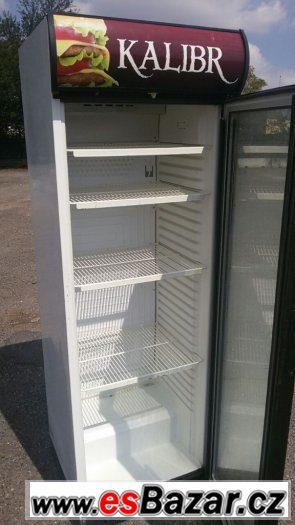 Prosklená lednice - ventilovaná Delta