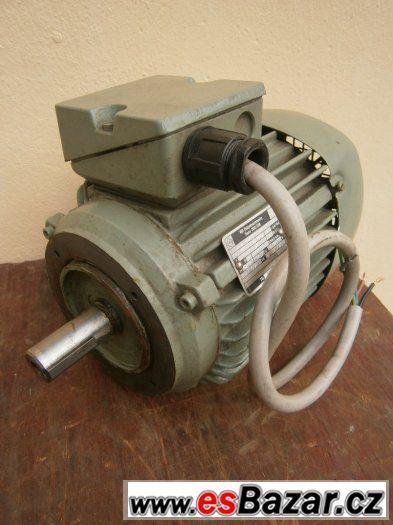 Přírubový elektromotor 0,75kw-930 ot.min.380V.