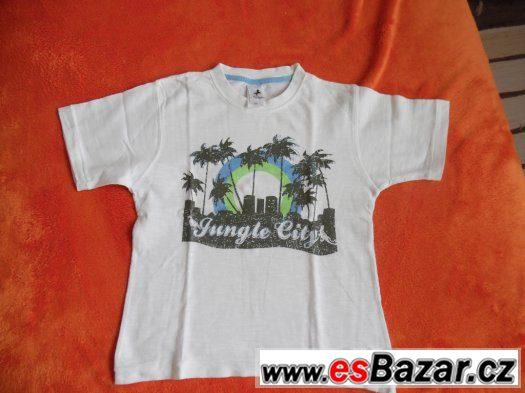 Prodám   bílé   chlapecké triko vel.110,CaA