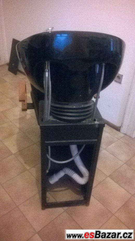 Kadeřnické křeslo + mycí box
