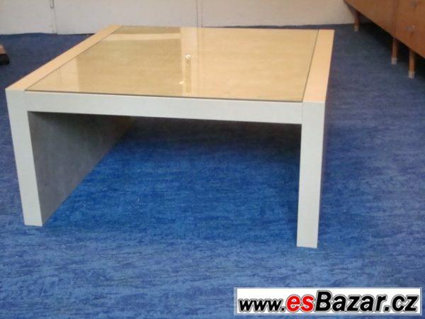 Konferenční stolek světlý