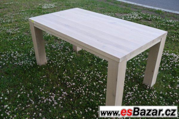 Jídelní stůl z masivu - dub