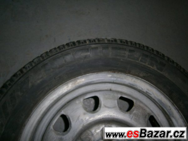 Kola Felicia Michelin 165/65 R 13