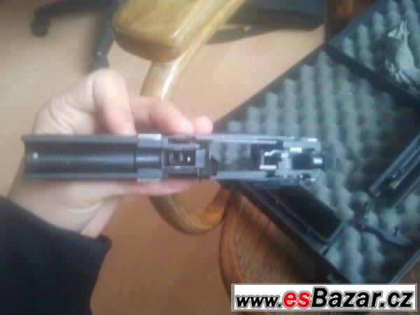 HK USP COMPACT 9mm
