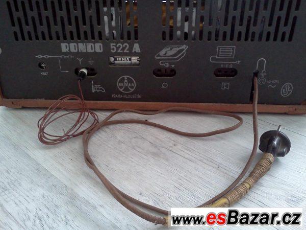 Historické rádio Tesla Rondo 522A