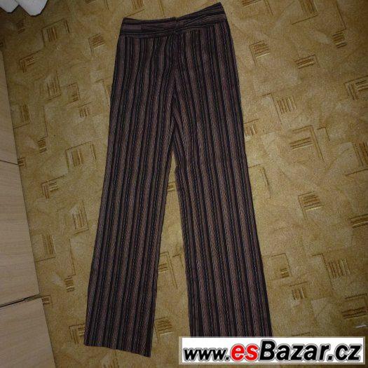 Kalhoty hnědé proužek