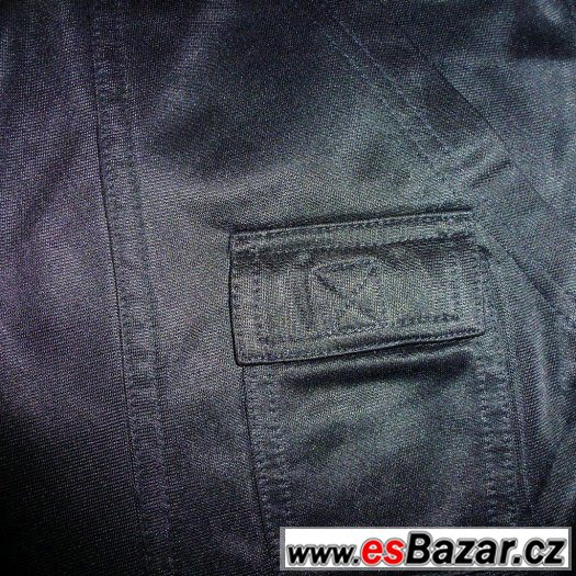 Kalhoty tepláky černé