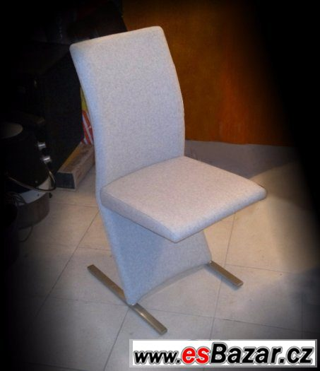 Židle atyp